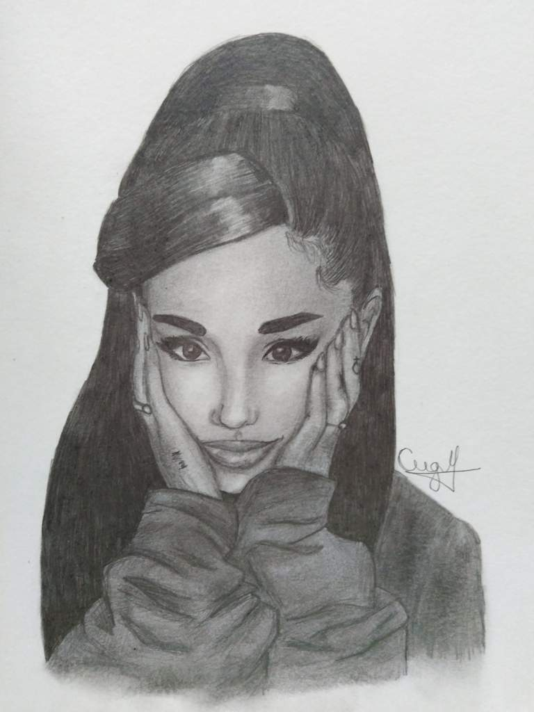 Ariana grande drawingbw