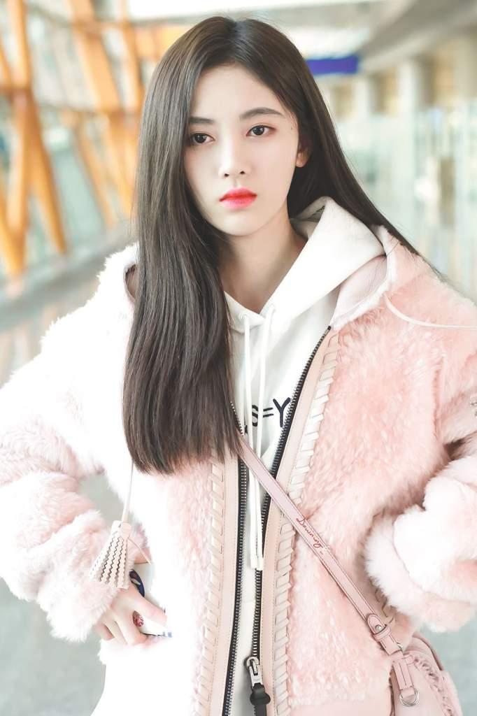 ju jingyi pics on Twitter   Fashion, Women, Girl