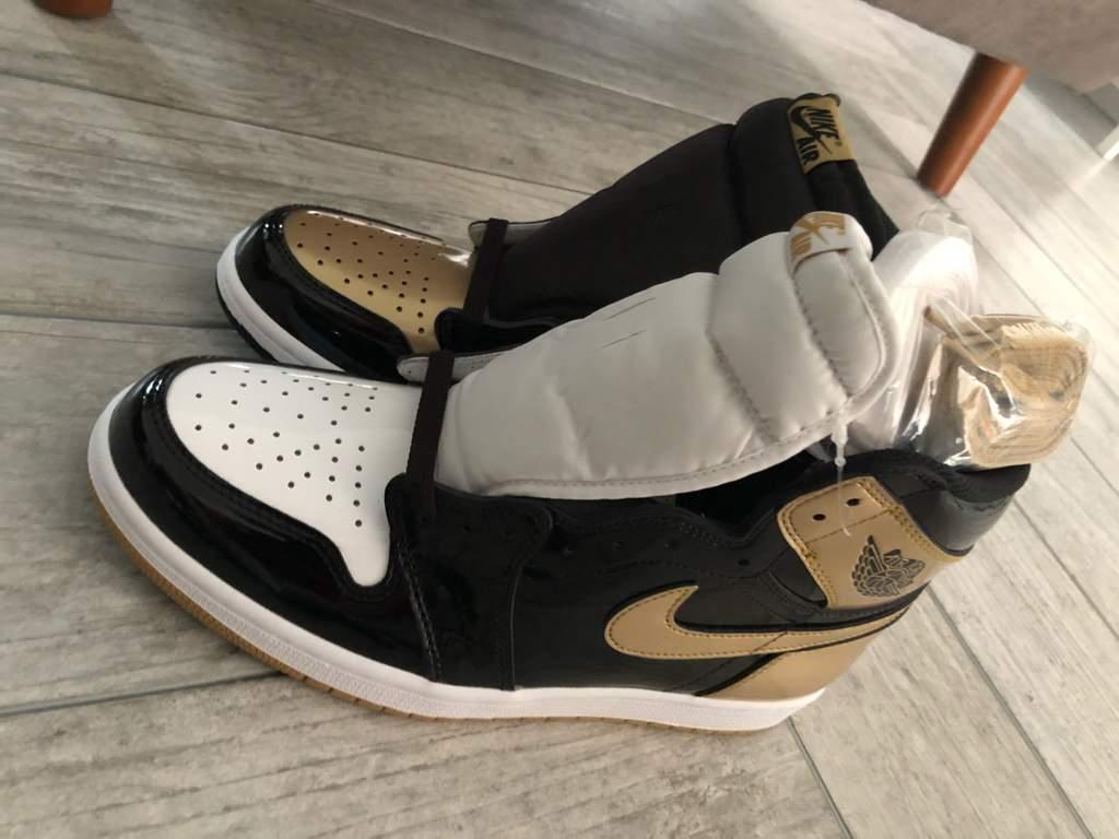 online store 3ce4f 99d28 Air Jordan 1 gold toe top3 | Sneakerheads Amino