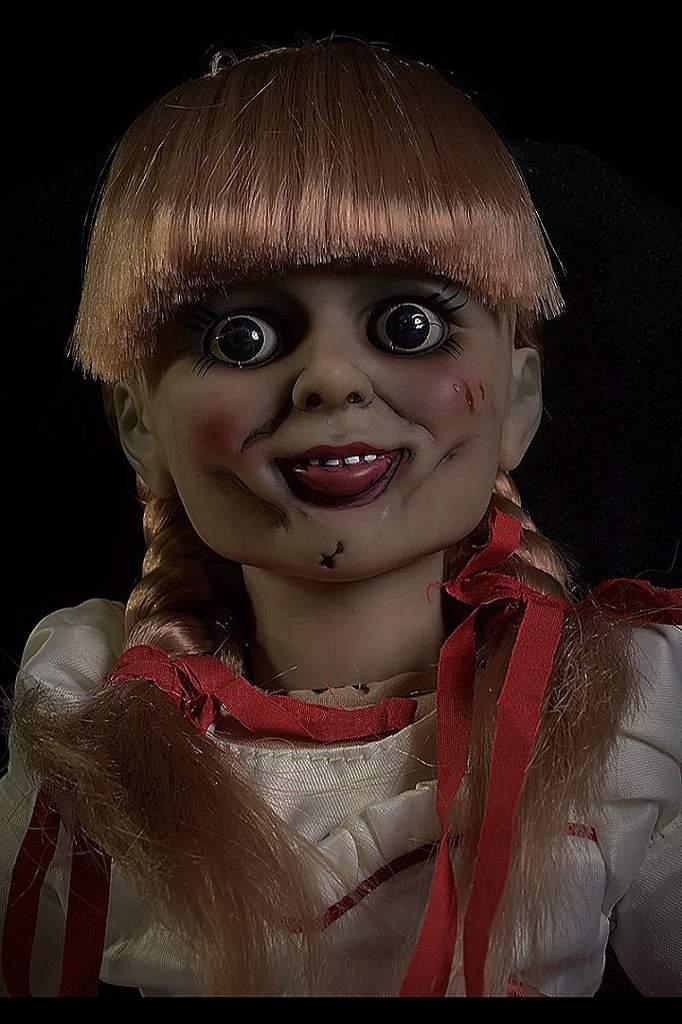 картинки про куклу анабель крепка была