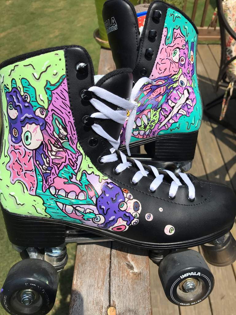Took the plunge to paint my Roller skates!   Art Amino