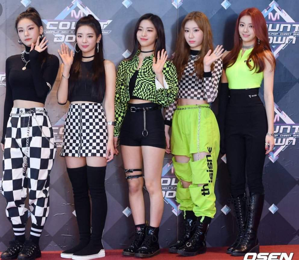 Ranking Dalla Dalla Stage Outfits Itzy 있지 Amino