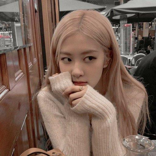 EXO Chen dating apink Bomi