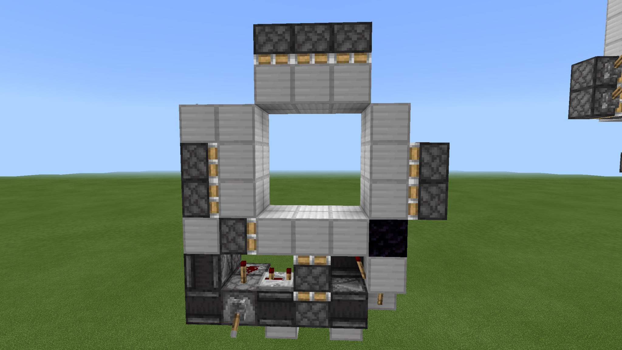 Tiny 9x9 Piston Door Tutorial + Challenge  Minecraft Amino
